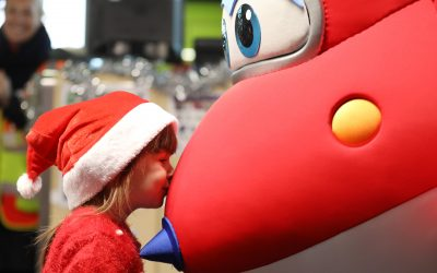 Flybe and Super Wings deliver Christmas Cheer!